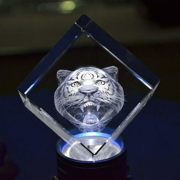 3D Laser Crystal Roaring Tiger DY-ND8008